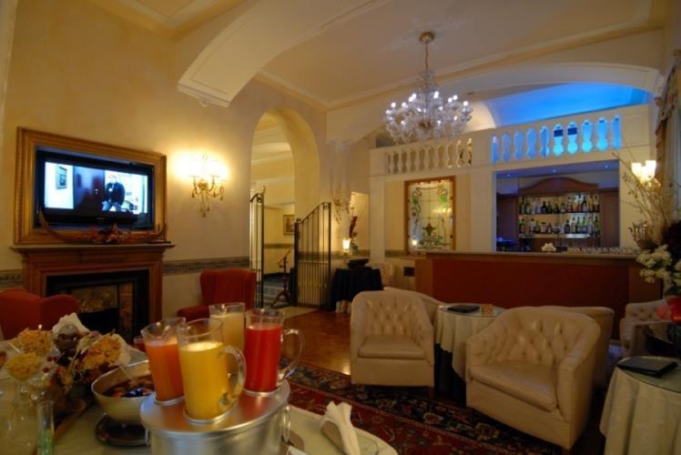 Hotel Via Cernaia Roma