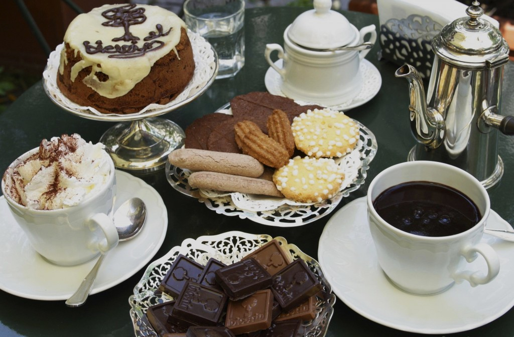 Turin coffee culture - photo of coffee, hot chocolate, cakes and cookies