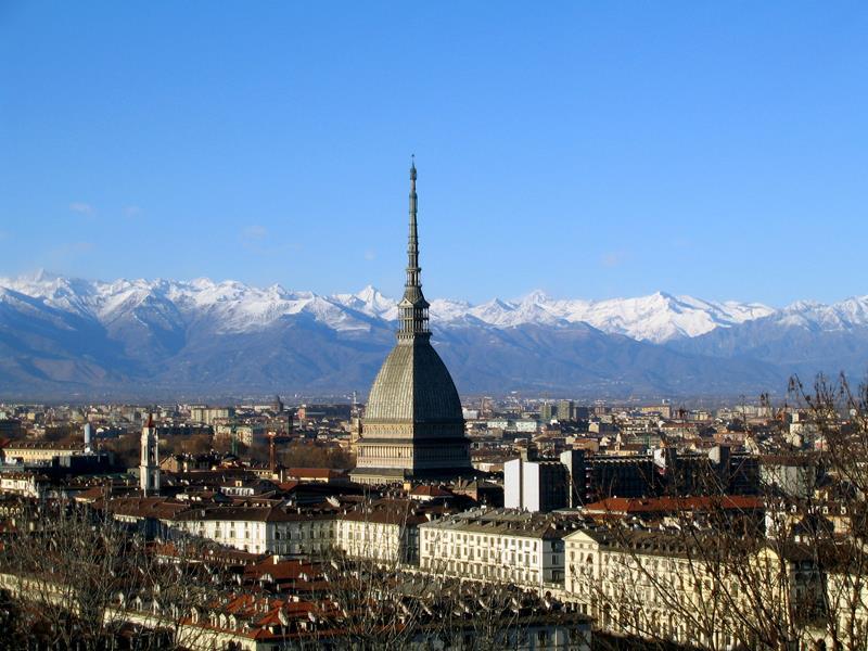 Mole Antonelliana with skyline