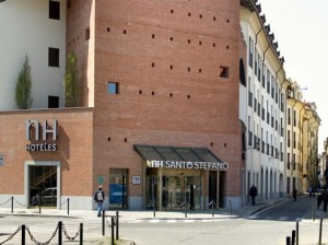 hotels in turin - NH Santo Stefano hotel exterior