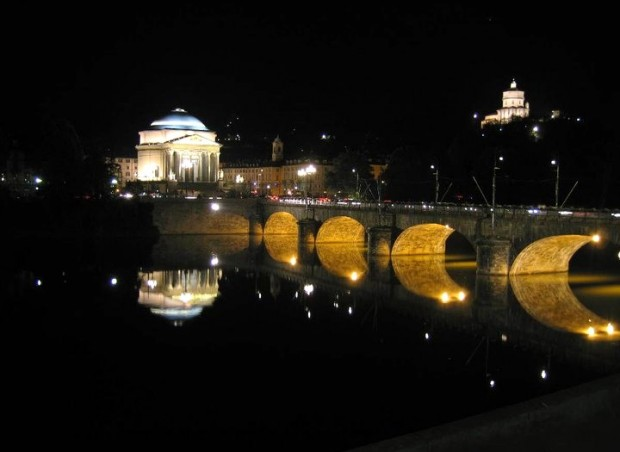 SLEEP - Turin Po River by night - Turismo Torino e Provincia fb