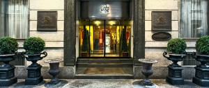 4 star hotels in turin - Grand Sitea entrance