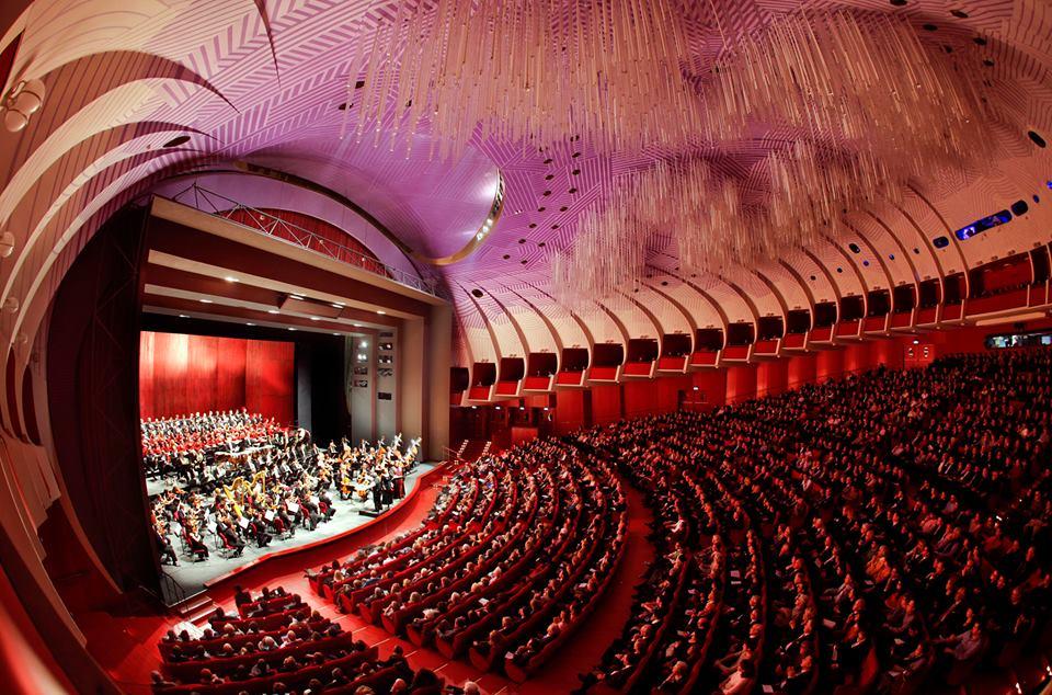Turin's Teatro Regio interior