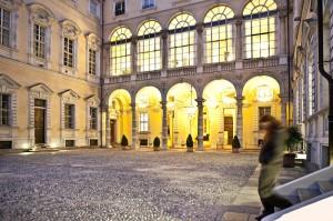 Top 10 Cafes - Circolo dei lettori esterno - reading room in turin