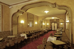 Top 10 Cafes and Bars - Fiorio interior 2 museo torino