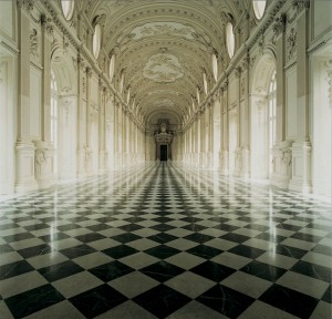Reggia di Venaria (La Venaria Reale) - The Galleria Grande with black and white checkered floors