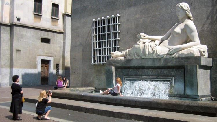 Piazza CLN - compliments of Poesie Italiane