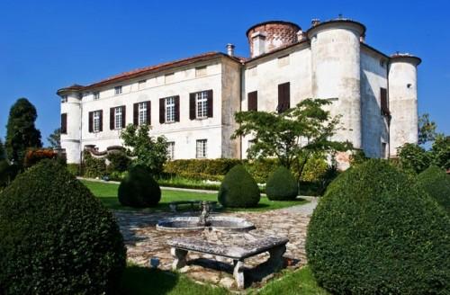 Rocca Grimalda Castle, Monferrato - castles in Piedmont