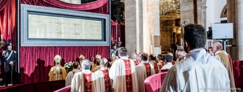 The Shroud of Turin, Duomo, Turin - compliments of Sindone