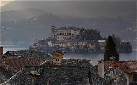 Morning mists at Lake Orta