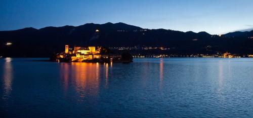 Lake Orta by night