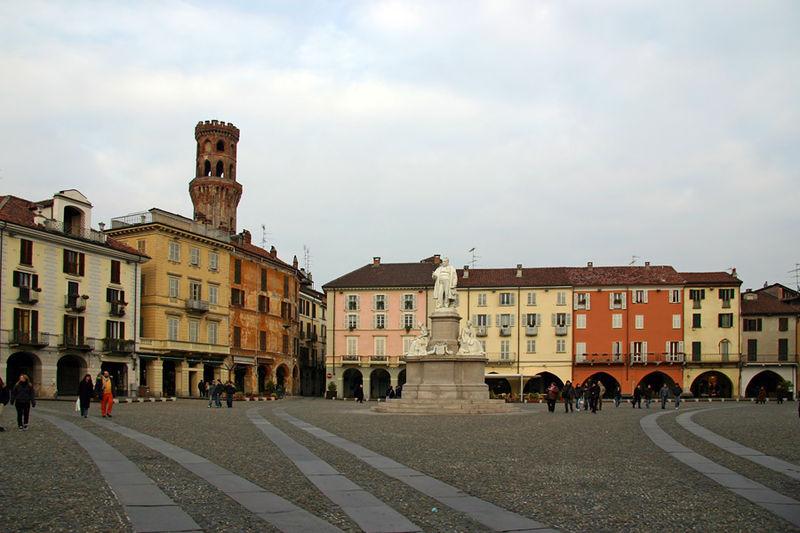 Vercelli, Piedmont - Piazza Cavour