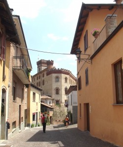 Barolo village and castle are located in the Langhe