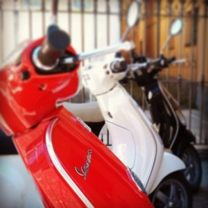 Vespas in the Langhe in Piedmont