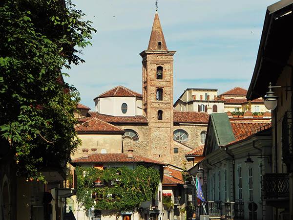 Piazza Bollani panorama