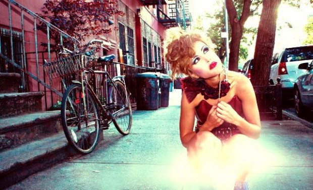 profile photo of artist Valentina Brostean in New York City