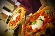 Pizzeria Cammafa photo of fresh pizza with tomatoes and cheese