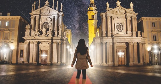 Stereo Age photo from Turin music video - girl in Piazza San Carolo