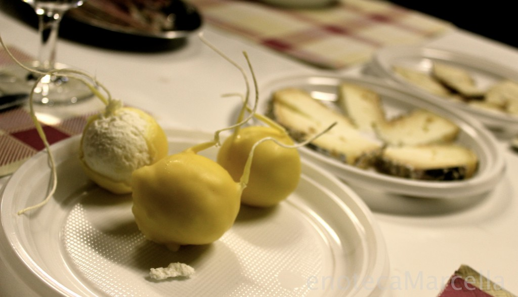 Montebore cheese cheese balls on table