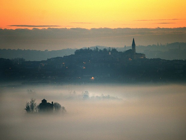 Monferrato Corsione a Tonco - photo by Toni Hilton