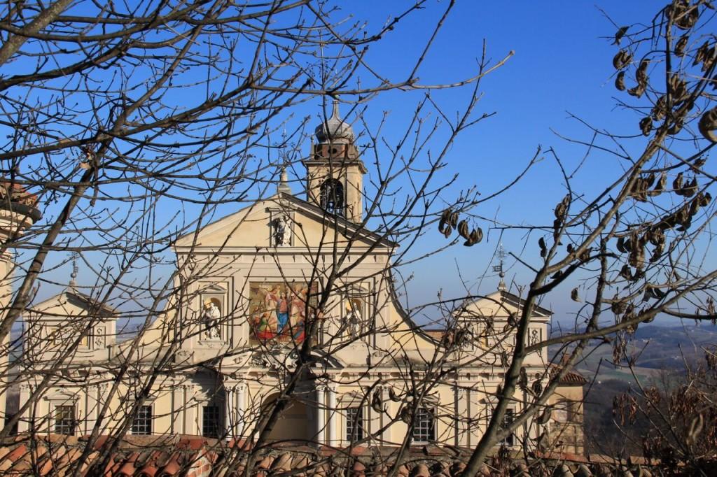 Monferrato-Santuario-Crea-facade