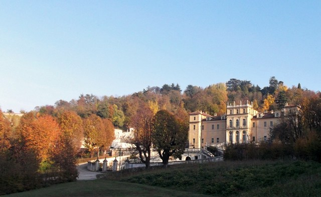 Turin's Villa della Regina side and front view of palace with autumn trees