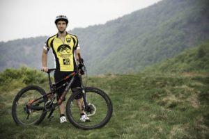 Stefano mountain biking in Lago Maggiore