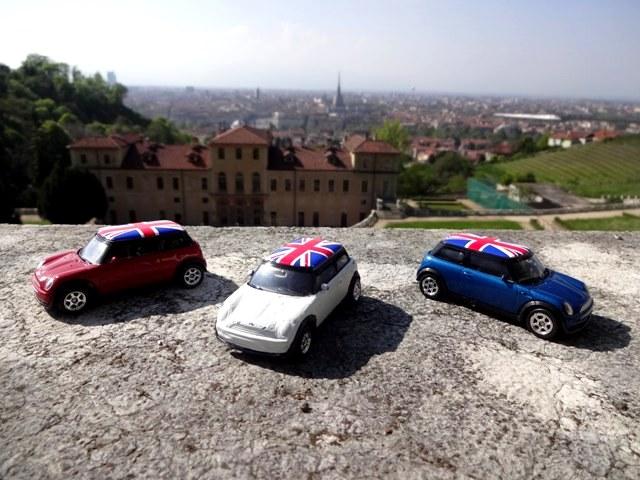 The Italian Job remake using Mini Cooper toy cars at Villa della Regina