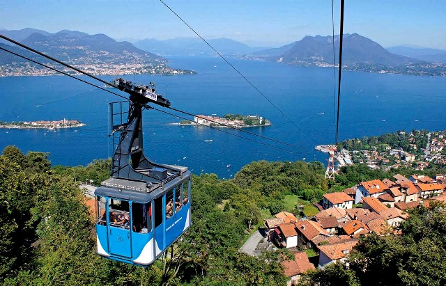 Lago Maggiore cable car is another one of the things to do in Lago Maggiore