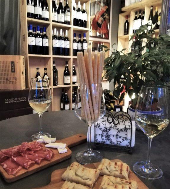 Wine tasting in Barolo at enoteca in Novello