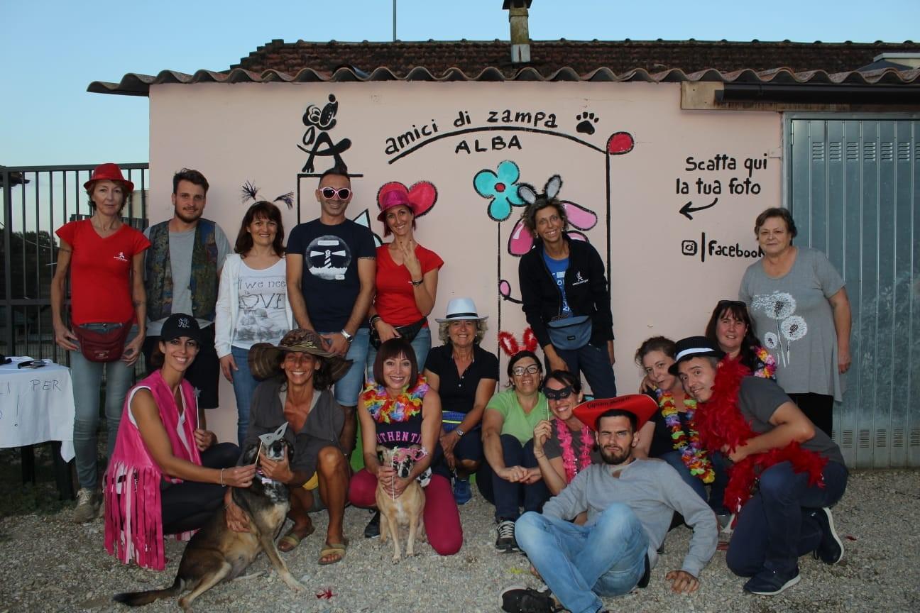 Amici di Zampa dog and cat refuge in Alba - group of volunteers